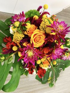 Fall Flowers Ideas Using Bold Colored Flowers Fall Flowers, Flower Arrangements, Floral Wreath, Wreaths, Chic, Rose, Color, Shabby Chic, Autumn Flowers