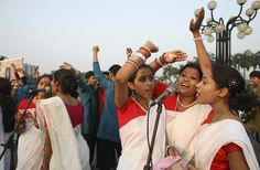 People from a choir group sing during a sunrise prayer by Dhaka Pastors Fellowship on Easter Sunday in Dhaka, Bangladesh on April 12, 2009