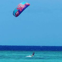From d3lhiaMy Takoon Furia 12m is so beautiful in this shade of blue ! ‍♀️ @takoonfamily  #newcal #nouvellecaledonie #kitesurf #kitesurfing #takoon #islandlife #pacific #kitesista #lagoon #kitesurfing #kiteboarding #kitesurf #kiteboard