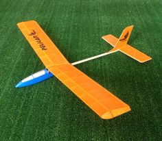 Pelikan Model Sailplane  * Laser Cut  *Easy build  * Balsa construction  * Great Flight Performance  Wingspan: 68 cm  Fuselage: 51 cm  You can contact me!  #hobbytoys #hobbyairplane #hobbyplane #airplanetoys #modelairplane #outdoortoys #flyingtoys #modelplane #aircrafttoys #poweredairplane