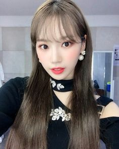 Image may contain: one or more people, selfie and closeup Kpop Girl Groups, Kpop Girls, Eyes On Me, Forever Girl, Japanese Girl Group, Kim Min, The Wiz, Sweet Girls, Pretty Girls