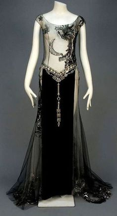 Beautiful Overdress, late 1920s/early 1930's, the Metropolitan Museum of Art.