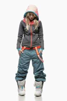 cool snowboard look — I can't wait to go snowboarding! Snowboards, Ski Outfits, Winter Outfits, Snow Fashion, Winter Fashion, Snowboarding Style, Snowboard Girl, Snow Suit, Daily Fashion
