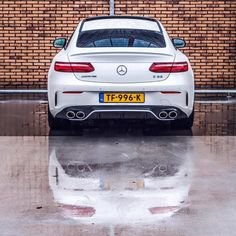 The new Mercedes-Benz E-Class Coupé. Mercedes Amg, Photo Pour Instagram, Lexus Lfa, Benz E Class, Jaguar Xk, Exotic Cars, Sport Cars, Dream Cars, Automobile