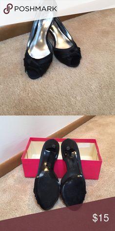 Nina-Black Satin 2 inch heels 👠 Beautiful open-toed, knotted heels. Worn once. Size 6.5 medium Nina Shoes Heels