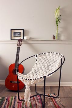 Iu0027ve Always Wanted A Real Hammock But If Thatu0027s Not An Option, This DIY  Macrame Hammock Chair Is The Next Best Thing! So Stylish And Comfy.