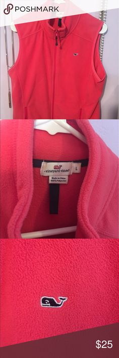 Vineyard Vines fleece vest Soft and beautiful women's fleece vest. Worn twice only but have too many vests. Perfect for spring or fall! Vineyard Vines Jackets & Coats Vests