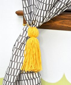 How to make inexpensive curtain tassels in 15 minutes! How To Make Curtains, Diy Curtains, Easy Crafts For Kids, Diy And Crafts, Inexpensive Curtains, Shabby Chic, Cute Diy Projects, Fabric Yarn, Curtain Tie Backs
