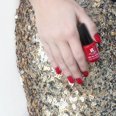 Keep your holiday outfit strong and your nail game stronger at every holiday party this season! #RCMNailIt #Christmas #Holidays
