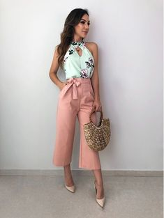 Swans Style is the top online fashion store for women. Shop sexy club dresses, jeans, shoes, bodysuits, skirts and more. Cute Fashion, Look Fashion, Timeless Fashion, Girl Fashion, Fashion Outfits, Fashion Design, Fashion Trends, Floral Pants Outfit, Stylish Clothes