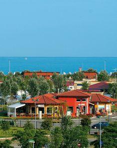 Itálie Caorle, Lido Altanea, Camping Marelago. Dovolená u moře, prázdniny s dětmi, pobyt v kempu, ubytování v mobilhomech. Písečná pláž, zábava pro děti, bazén, wifi, vláček na pláž.