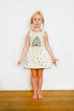 Beehive dress!!!!! Too cute!!