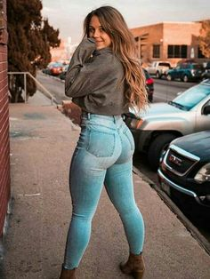Superenge Jeans, Sexy Jeans, Skinny Jeans, Pretty Outfits, Cute Outfits, Looks Pinterest, Cowgirl Style Outfits, Mädchen In Bikinis, Girls Jeans