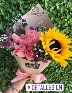 Diy Flowers, Pretty Flowers, Sunflower Colors, Designer Wallpaper, Flower Arrangements, Color Schemes, Floral Wreath, Wreaths, Bouquets