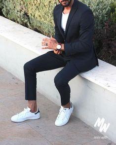 stan smith costume bleu chemise blanche look parfait retrouvez notre s lection sur. Black Bedroom Furniture Sets. Home Design Ideas