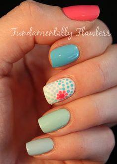 20 Cute Nail Polish Design Ideas | http://www.cberryonline.com/2014/06/20-cute-nail-polish-design-ideas/