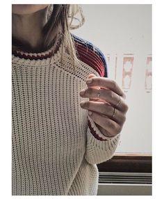 Sous la combi @majeofficiel @feidtparis, #maje #pull #bagues #feidtparis #neige #instapic #instadaily #instalike #mood #moodoftheday #instagram #holidays #lookoftheday #instalook #ski #fashion #fashionista #fashionblogger #influencer