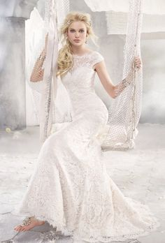 Image from http://www.brides.com/images/vendor/dressgallery/bridal/alvinavalenta/large/9258_alvina_valenta_wedding_dress_primary.jpg.