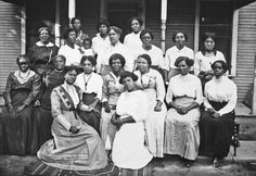Vintage Photos: African American Portraits  Ladies Reading Club group, 1914