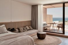 Mediterranean Architecture with Tropical Modernism - Olea All Suite Hotel Design on the Greek Island of Zakynthos by Design Hotel, 2 Bedroom Suites, Suite Room Hotel, Modern Hotel Room, Diy Bedroom, White Bedroom, Decoracion Vintage Chic, Casa Cook, Hotel Safe