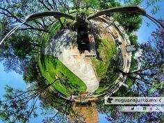 """IMPONENTE y majestuosa la obra de Jorge Marín """"El Tiempo"""" año 2010. @alasjorgemarin  Ven conoce y disfruta los jardines del @forumculturalgto @mahg_mx   #LifeIs360 #Turismo #Naturaleza #Nature #Escultura #Sculpture #360cam #360view #360photo #León #Leon  #Guanajuato #LeónGuanajuato #LeónGTO #Leongto #LeonGuanajuato #gtogram #gto #ig_guanajuato #igersgto #ViajemosTodosPorMéxico #RicohTheta #RicohTheta360 #ThetaMX"""