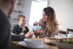 Krångligt att laga egen mat som ska passa bebisen? Här får du 9 enkla och supersmarriga recept som funkar både för vuxna och bebisar. Mat, Cereal, Breakfast, Morning Coffee, Corn Flakes, Morning Breakfast, Breakfast Cereal