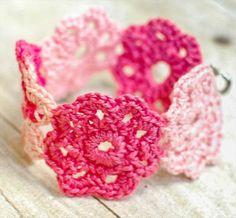 Crochet Flower Bracelet- 60 Eye-Catching Crochet Bracelet Tutorials   DIY to Make