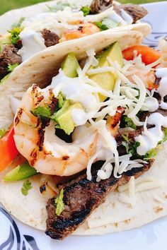 """Easy Steak and Shrimp Fajitas 