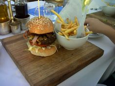 That burger Late nights in Camps Bay Late Nights, Camps, Hamburger, Ethnic Recipes, Food, Essen, Hamburgers, Yemek, Meals