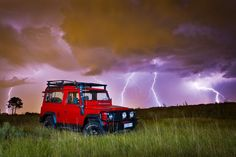 Land rover and thunder