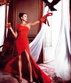 Anything with a crow or raven works for me.....  Penelope Cruz is Red Hot in the 2013 Campari Calendar