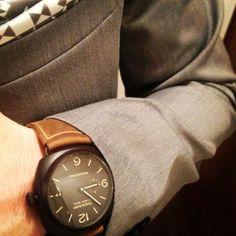 Jigen tumblr Panerai Radiomir, Moving Forward, Wood Watch, Smart Watch, Watches, Accessories, Fashion, Wooden Clock, Wrist Watches