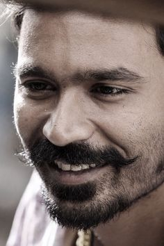 Maari First Day Collection Is Decent Box Office Report For Dhanush Actor Picture, Actor Photo, 4k Wallpaper For Mobile, Hd Wallpaper, Camera Wallpaper, Surya Actor, Lion Photography, South Hero, Profile Wallpaper