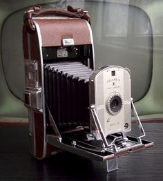 Love this site.something to save up for! Vintage Polaroid 95 Camera by Juniper Home Vintage on Scoutmob Shoppe Vintage Polaroid Camera, Retro Camera, Vintage Cameras, Photos Vintage, Antique Cameras, Vintage Art, Photo Deco, Classic Camera, Old Cameras