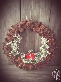 Woodi – White Little Flowers