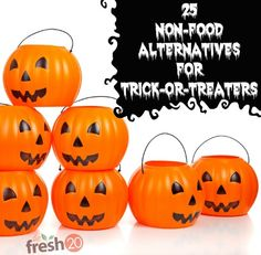 25 non food alternatives to candy for halloween trick or treaters! Great for parties at school and daycares where there are a ton of allergies Healthy Halloween, Halloween Candy, Holidays Halloween, Halloween Kids, Happy Halloween, Creepy Halloween, Halloween Activities, Teal Pumpkin Project, Classroom Treats