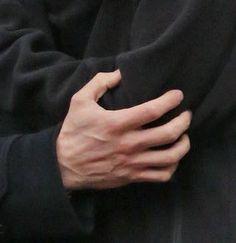 Jamie's Hand! (HOT!)