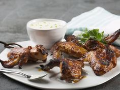 From the YOU test kitchen: Sticky chicken wings Chicken Marinate, Marinated Chicken, Tandoori Chicken, South African Recipes, Ethnic Recipes, Sticky Chicken Wings, Buffalo Wings, Test Kitchen, Kos
