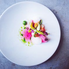 Poached marron, pickled kohlrabi, avocado, grape fruit and watercress by czarneckigreg on IG #plating #gastronomy
