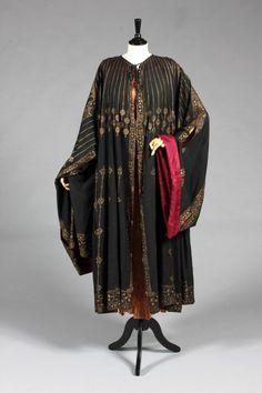 Stenciled Silk Orientalist Evening Coat  -   c 1910-20