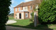 Landseer House, Sidlesham, Chichester, West Sussex, England. Bed and Breakfast. Holiday. Travel. Accommodation. UK.
