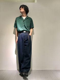 いつもいいね・セーブありがとうございます! 緑の開襟シャツを使ったスタイリングです。 他にないカラー