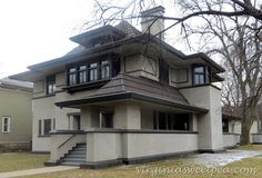frank-lloyd-wright-oak-park-chicago-architecture