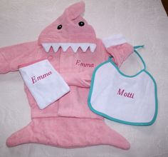 Baby bath robe shark  personalized baby gift in by Schnuffelinis, €22.95