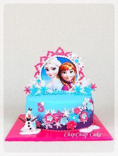 Frozen- Elsa Anna Olaf Cake (from fb: Hannover ChipChap Cake) Frozen Elsa And Anna, Elsa Anna, Olaf Cake, Facebook, Mini, Desserts, Food, Tailgate Desserts, Dessert