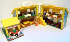 Vintage Fisher Price Little People #952 House - Yellow & Blue (1969-1979)