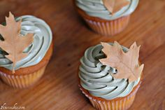 How to make edible chocolate leaves for cupcake toppers, cake pops, and cake decorating