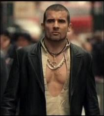 Dominic Purcell his low cut shirts get me every time ❤