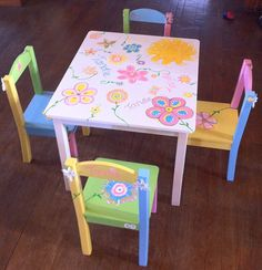 Child's hand painted table and chair set pgte kids furniture/etsy shop LOVE! Paint Kids Table, Kids Table And Chairs, Kid Table, Table And Chair Sets, Diy Furniture Projects, Funky Furniture, Painted Bedroom Furniture, Painted Chairs, Tole Painting