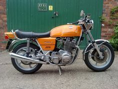 Laverda Jota 180. Ducati Multistrada, Retro Cafe, Retro Motorcycle, Hot Bikes, Classic Bikes, Vintage Motorcycles, Cool Pictures, Nice Picture, Cafe Racers
